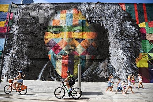 Detalhe do Mural Etnias no Orla Prefeito Luiz Paulo Conde (2016)  - Rio de Janeiro - Rio de Janeiro (RJ) - Brasil