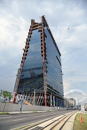 Vista de canteiro de obras de prédio comercial no Porto Maravilha  - Rio de Janeiro - Rio de Janeiro (RJ) - Brasil