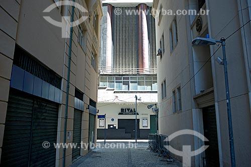 Rua Ator Jayme Costa com Teatro Rival ao fundo  - Rio de Janeiro - Rio de Janeiro (RJ) - Brasil