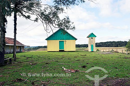 Igreja de madeira às margens do Km 251 da Rota do Sol - Rodovia RS-453  - Rio Grande do Sul (RS) - Brasil