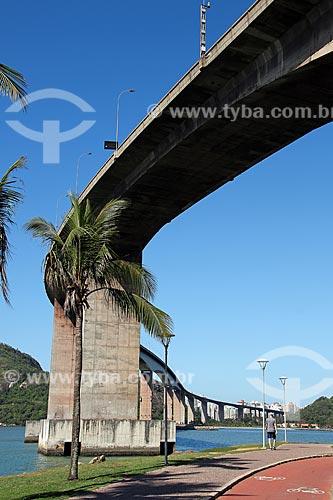 Vista da Ponte Deputado Darcy Castello de Mendonça - mais conhecida como Terceira Ponte (1989)  - Vila Velha - Espírito Santo (ES) - Brasil