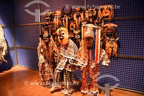 Máscaras em exibição no Centro de Referência do Artesanato Brasileiro (CRAB) durante a exposição Festa Brasileira - Fantasia feita à mão  - Rio de Janeiro - Rio de Janeiro (RJ) - Brasil