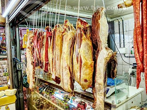 Detalhe de carne bovina à venda no Centro Luiz Gonzaga de Tradições Nordestinas  - Rio de Janeiro - Rio de Janeiro (RJ) - Brasil