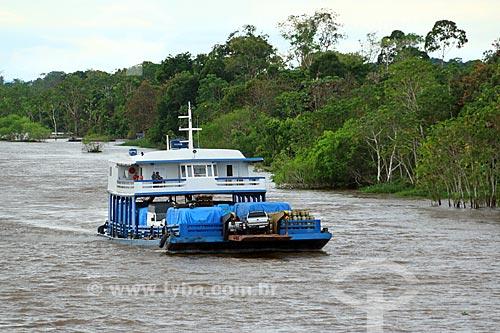 Balsa no Rio Amazonas próximo à Manaus  - Manaus - Amazonas (AM) - Brasil
