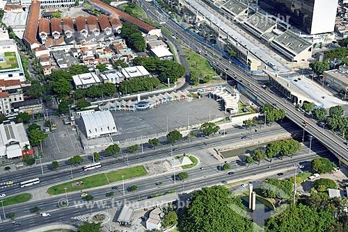 Foto aérea do Terreirão do Samba com a Avenida Presidente Vargas e o Monumento à Zumbi dos Palmares  - Rio de Janeiro - Rio de Janeiro (RJ) - Brasil