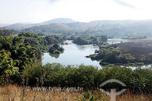 Vista do Rio Paraíba do Sul a partir da Rodovia BR-040  - Três Rios - Rio de Janeiro (RJ) - Brasil