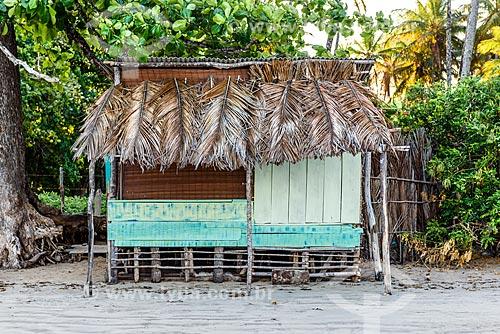 Quiosque de madeira na orla da Praia da Cueira  - Cairu - Bahia (BA) - Brasil