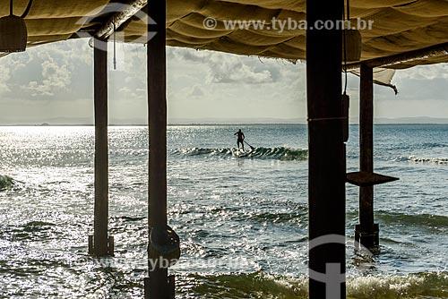 Praticante de Stand up paddle na Praia da Ponta do Mutá  - Maraú - Bahia (BA) - Brasil