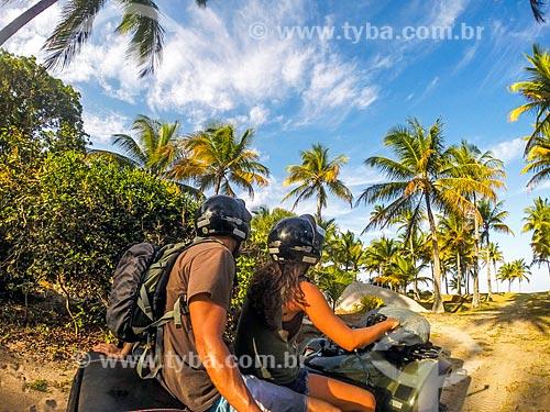 Passeio de quadriciclo na Praia do Cassange  - Maraú - Bahia (BA) - Brasil