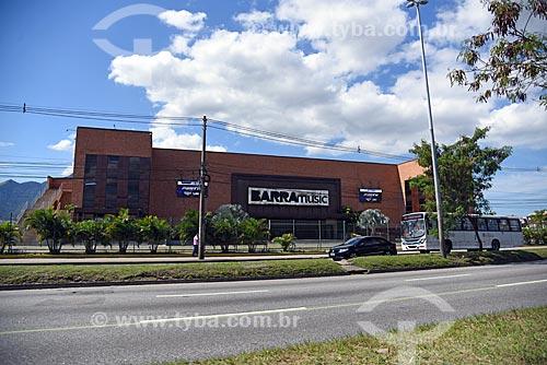 Vista da fachada da Barra Music a partir da Avenida Ayrton Senna  - Rio de Janeiro - Rio de Janeiro (RJ) - Brasil