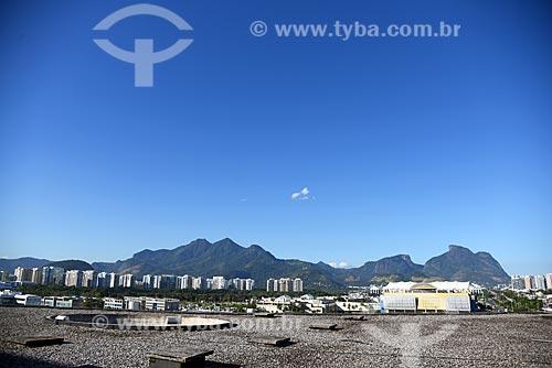 Vista do Maciço da Tijuca e da Pedra da Gávea - à direita - a partir da Cidade das Artes - antiga Cidade da Música  - Rio de Janeiro - Rio de Janeiro (RJ) - Brasil