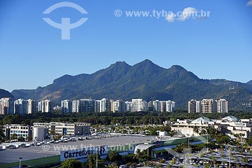 Vista do Maciço da Tijuca a partir da Cidade das Artes - antiga Cidade da Música  - Rio de Janeiro - Rio de Janeiro (RJ) - Brasil