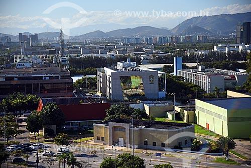 Vista do edifício sede da Confederação Brasileira de Futebol (CBF) a partir da Cidade das Artes - antiga Cidade da Música  - Rio de Janeiro - Rio de Janeiro (RJ) - Brasil