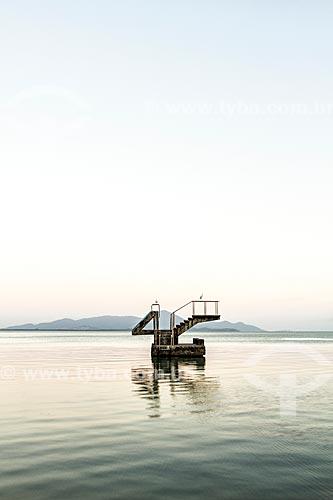 Trampolim na Praia da Saudade  - Florianópolis - Santa Catarina (SC) - Brasil