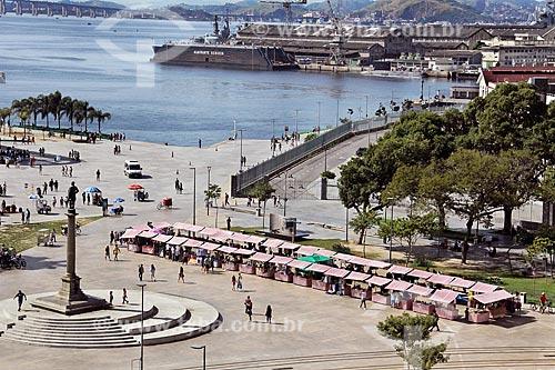 Barracas de feira na Praça Mauá  - Rio de Janeiro - Rio de Janeiro (RJ) - Brasil