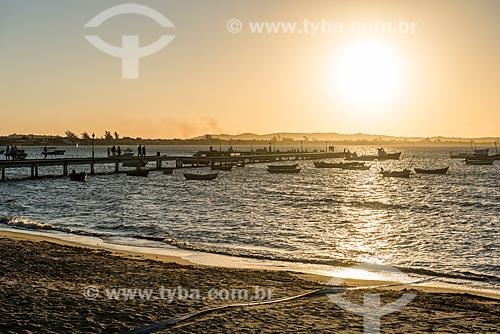 Vista do pôr do sol a partir do Porto da Barra na Praia de Manguinhos  - Armação dos Búzios - Rio de Janeiro (RJ) - Brasil