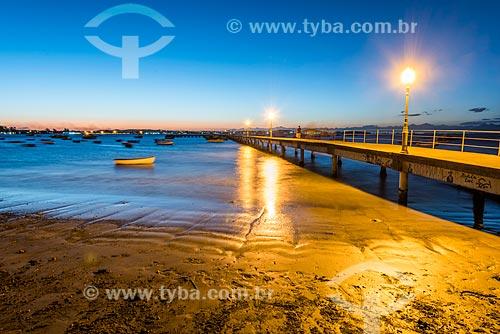 Vista do entardecer a partir do Porto da Barra na Praia de Manguinhos  - Armação dos Búzios - Rio de Janeiro (RJ) - Brasil