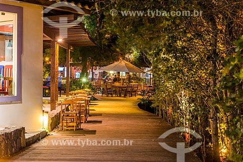 Deck de restaurante na Praia de Manguinhos  - Armação dos Búzios - Rio de Janeiro (RJ) - Brasil
