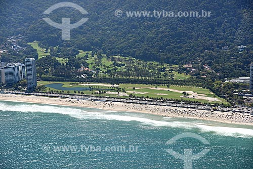 Foto aérea da Praia de São Conrado com o Gávea Golf and Country Club ao fundo  - Rio de Janeiro - Rio de Janeiro (RJ) - Brasil
