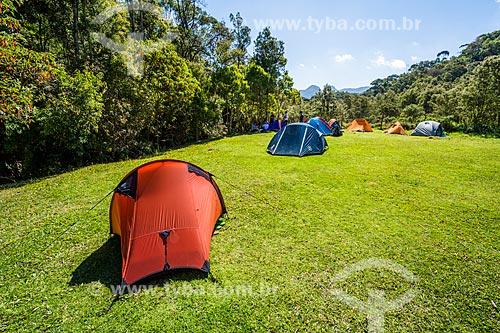 Área de camping no Abrigo Vale dos Deuses próximo ao Parque Estadual dos Três Picos  - Teresópolis - Rio de Janeiro (RJ) - Brasil
