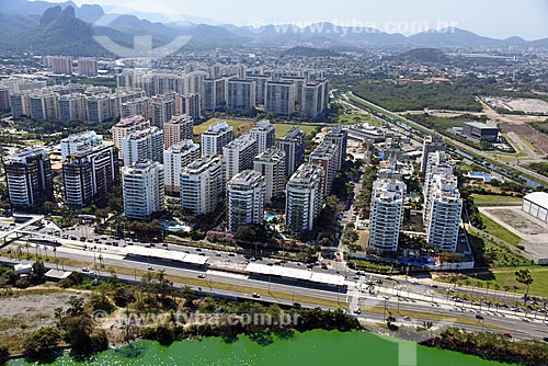 Foto aérea do Condomínio residencial Rio II com o Condomínio residencial Cidade Jardim ao fundo  - Rio de Janeiro - Rio de Janeiro (RJ) - Brasil