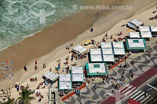 Vista da orla da Praia de Copacabana durante ressaca  - Rio de Janeiro - Rio de Janeiro (RJ) - Brasil