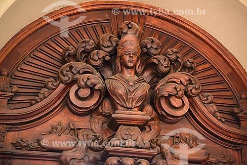 Detalhe de porta do Centro Cultural Justiça Federal  - Rio de Janeiro - Rio de Janeiro (RJ) - Brasil