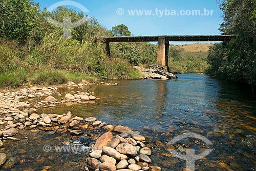 Ponte de madeira sobre o Rio São Francisco  - São Roque de Minas - Minas Gerais (MG) - Brasil
