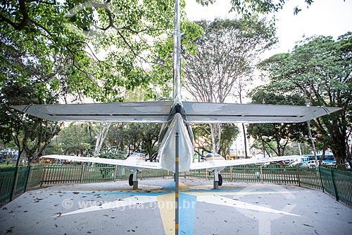 Traseira do protótipo do avião Embraer EMB-110 - Bandeirante - fabricado pela Embraer em exibição no Parque Santos Dumont  - São José dos Campos - São Paulo (SP) - Brasil