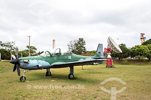 Avião Embraer EMB-312 - Tucano - fabricado pela Embraer em exibição no Memorial Aeroespacial Brasileiro (MAB)  - São José dos Campos - São Paulo (SP) - Brasil