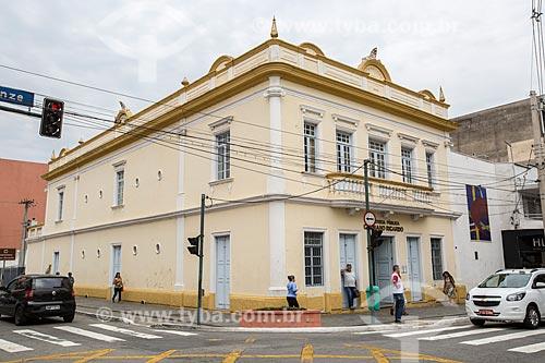 Fachada da Biblioteca Pública Cassiano Ricardo na Rua Quinze de Novembro  - São José dos Campos - São Paulo (SP) - Brasil