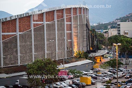 Vista da fachada do Centro Luiz Gonzaga de Tradições Nordestinas durante o anoitecer  - Rio de Janeiro - Rio de Janeiro (RJ) - Brasil