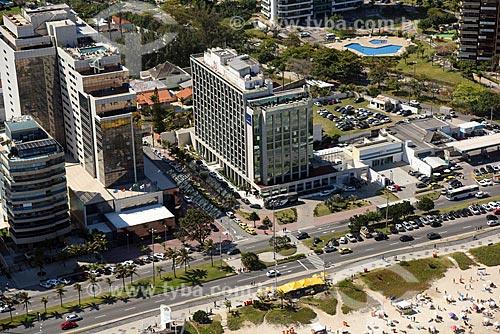 Foto aérea da orla da Praia da Barra da Tijuca com os hoteis  Windsor Marapendi e Novotel  - Rio de Janeiro - Rio de Janeiro (RJ) - Brasil
