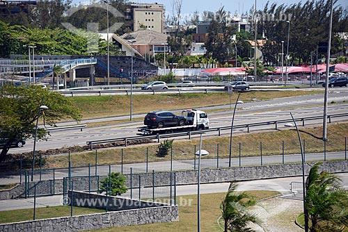 Reboque na Avenida das Américas  - Rio de Janeiro - Rio de Janeiro (RJ) - Brasil