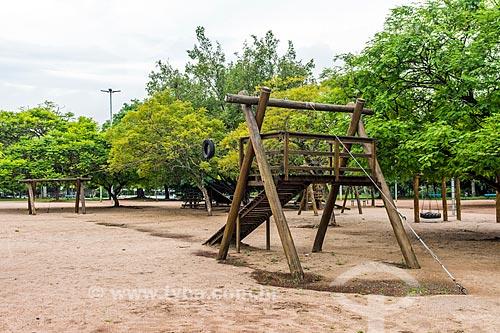 Brinquedos no Parque Moinhos de Vento  - Porto Alegre - Rio Grande do Sul (RS) - Brasil