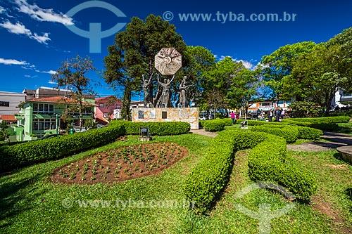 Monumento aos Imigrantes na Praça das Flores  - Nova Petrópolis - Rio Grande do Sul (RS) - Brasil