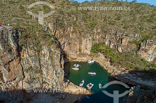 Foto feita com drone de lanchas na Represa de Furnas  - Capitólio - Minas Gerais (MG) - Brasil
