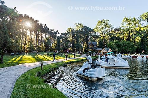 Pedalinhos no parque do Lago Negro  - Gramado - Rio Grande do Sul (RS) - Brasil