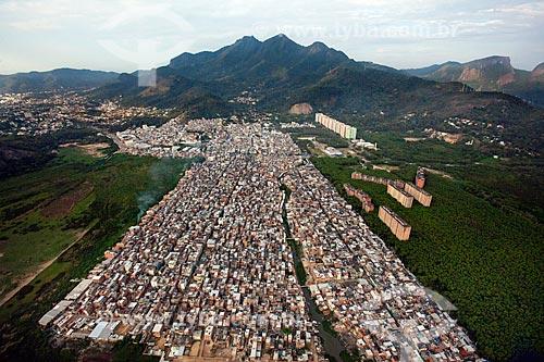 Foto aérea da favela de Rio das Pedras  - Rio de Janeiro - Rio de Janeiro (RJ) - Brasil