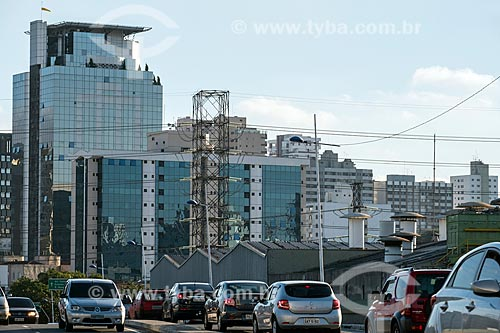 Tráfego no Viaduto Independência  - São Caetano do Sul - São Paulo (SP) - Brasil
