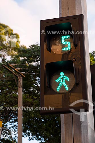 Detalhe de semáforo com temporizador  - São Caetano do Sul - São Paulo (SP) - Brasil