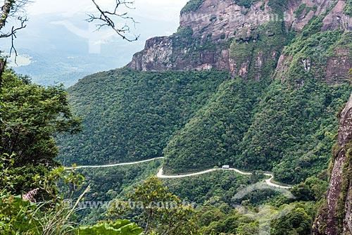 Vista de trecho da Rodovia SC-370 na Serra do Corvo Branco  - Urubici - Santa Catarina (SC) - Brasil