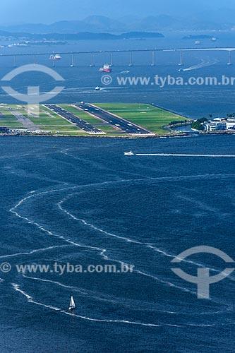 Vista da Aeroporto Santos Dumont a partir do Pão de Açúcar  - Rio de Janeiro - Rio de Janeiro (RJ) - Brasil