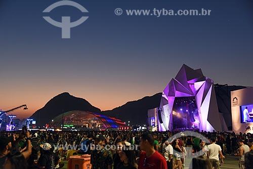 Vista do pôr do sol durante show no Palco Sunset - Rock in Rio 2017 no Parque Olímpico Rio 2016  - Rio de Janeiro - Rio de Janeiro (RJ) - Brasil