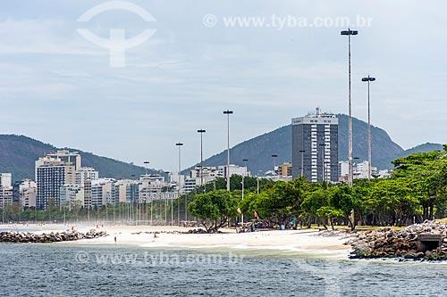 Vista da orla da Praia do Flamengo a partir da Baía de Guanabara  - Rio de Janeiro - Rio de Janeiro (RJ) - Brasil
