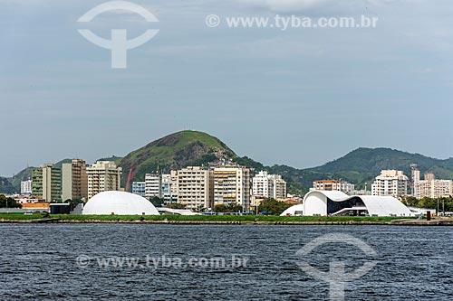 Vista geral do Caminho Niemeyer (1997) a partir da Baía de Guanabara  - Niterói - Rio de Janeiro (RJ) - Brasil