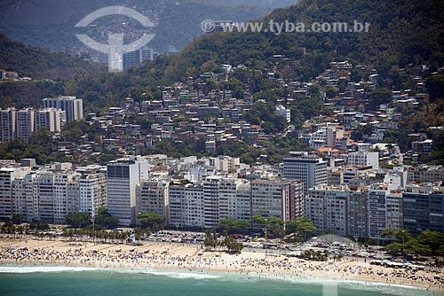 Foto aérea da Praia do Leme com o Morro da Babilônia  - Rio de Janeiro - Rio de Janeiro (RJ) - Brasil