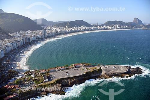 Foto aérea do Antigo Forte de Copacabana (1914-1987), atual Museu Histórico do Exército com a Praia de Copacabana e o Pão de Açúcar ao fundo  - Rio de Janeiro - Rio de Janeiro (RJ) - Brasil