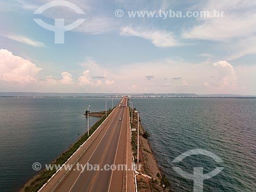 Foto feita com drone da Ponte Fernando Henrique Cardoso (2002) - também conhecida como Ponte da Amizade e da Integração  - Palmas - Tocantins (TO) - Brasil