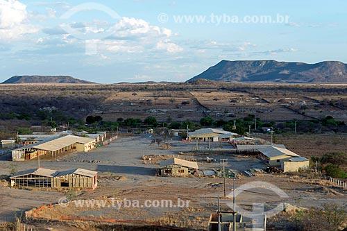 Vista geral de canteiro de obras abandonado após a conclusão da obra Transposição do Rio São Francisco  - Custódia - Pernambuco (PE) - Brasil